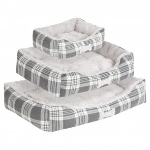 Me and My Pets Super Soft Grey Check Pet Beds